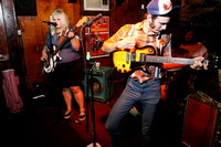 Shannon & the Clams play the Buc with the Sharp Balloons